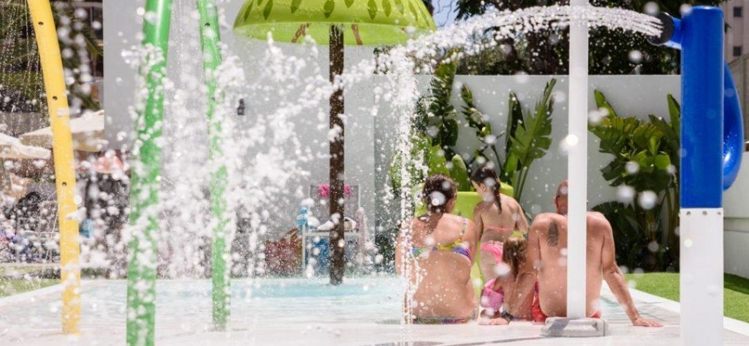 Parque-de-agua-con-zona-splash