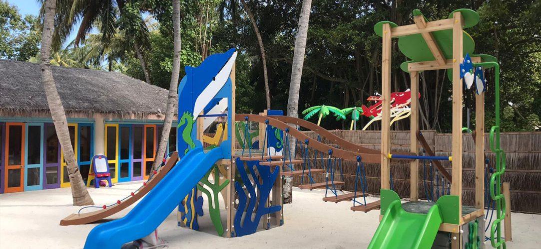 ocio-acuatico-conrad-hotels-maldivas-parque-infantil
